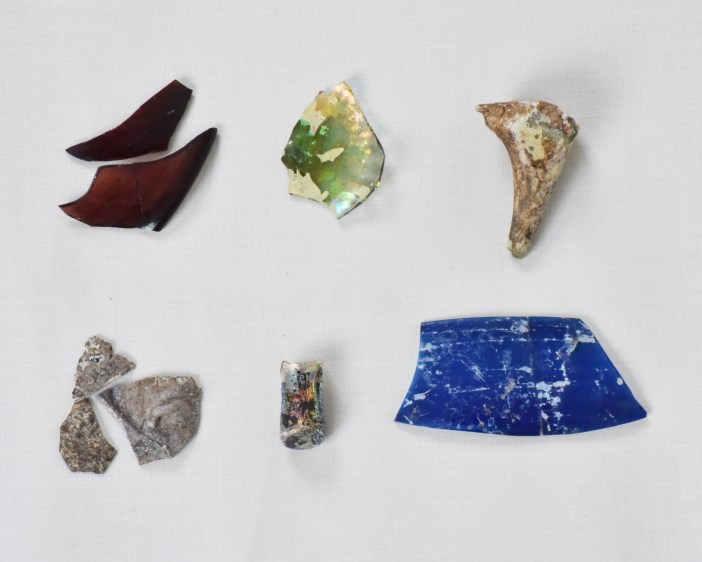 Assorted medieval glass fragments excavated from Sijilmasa. Ministère de la culture et de la communication du Royaume du Maroc. Photograph by Fouad Mahdaoui Vessel glass is among the most common fragment excavated from sites around the Sahara. Delicate colored glass vessels were made in North Africa as well as in the Middle East and Europe.