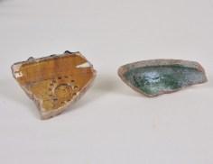 Glazed ceramic fragments excavated at Sijilmasa. Ministère de la culture et de la communication du Royaume du Maroc. Photograph by Fouad Mahdaoui