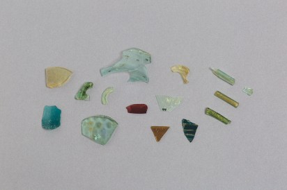 Vessel glass fragments excavated from Essouk-Tadmekka. Institut des sciences humaines, Mali. Photograph by Clare Britt