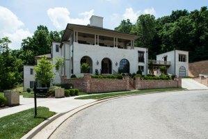 Gorgeous house 32