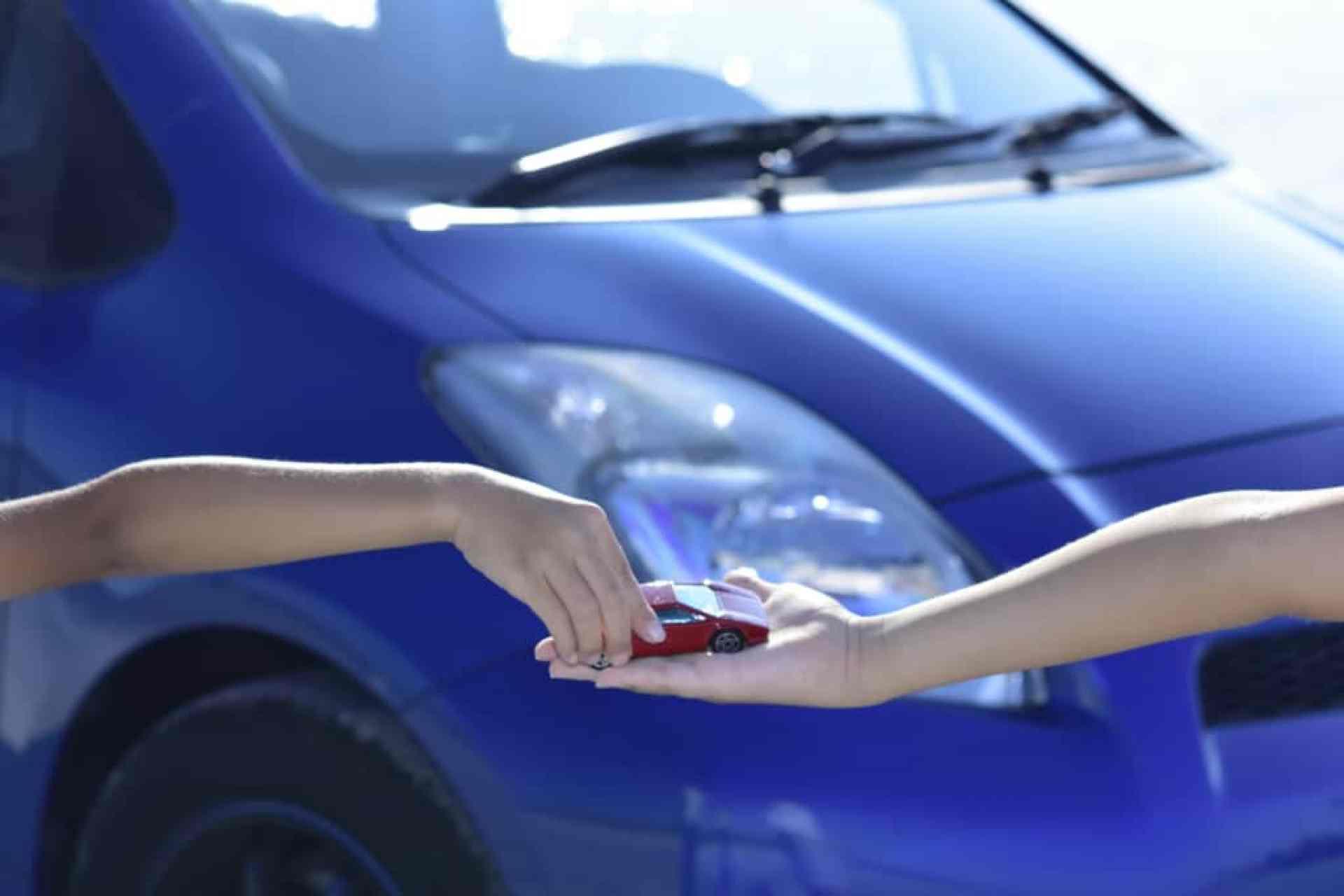 代車のためのカーシェアリング