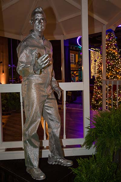 Decorate Your Event With Our Living Statues Carbone