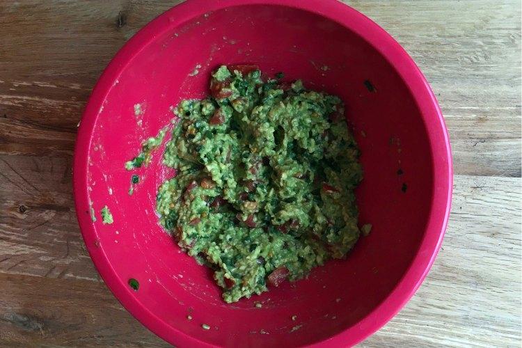 Delicious carb-free breakfast guacamole
