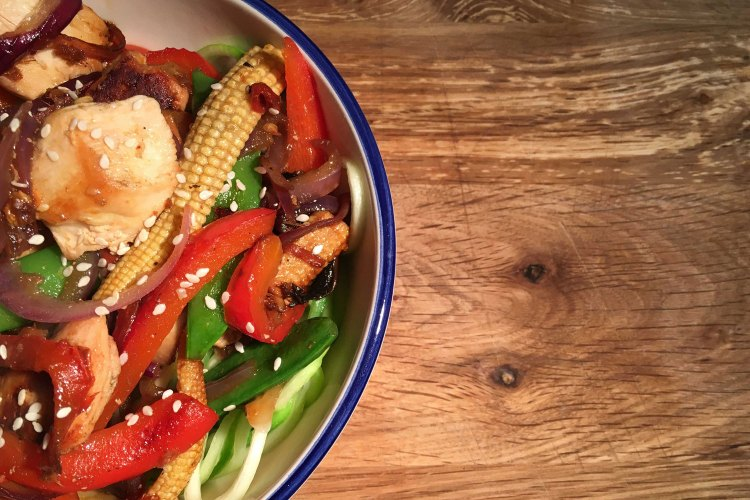 Carb-Free chicken and veg stir fry with courgette noodles