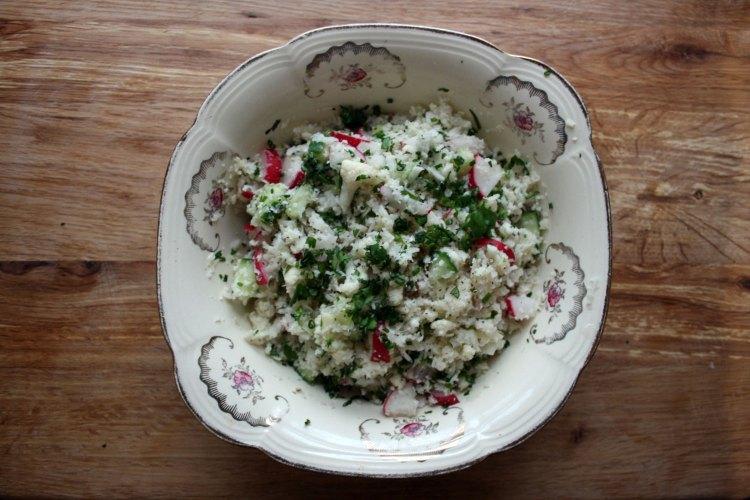 Zero carb crunchy cauliflower cous cous