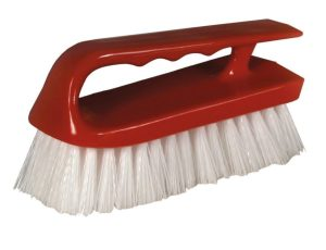 RED HANDLE IRON SCRUB BRUSH