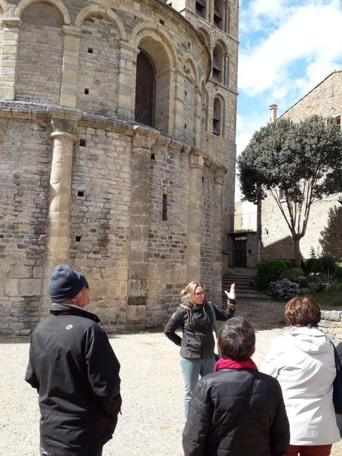 Guide speaker Anna Philippe in Caunes-Minervois