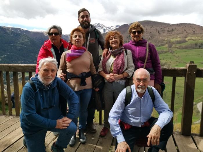Guía de profesor de Julian Gendron visitando la visita de Montsegur