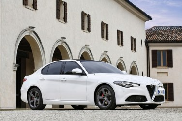 Alfa-Romeo_Giulia_27