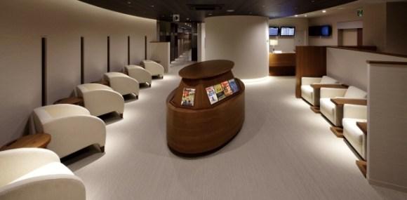 広島空港の空港ラウンジ「ビジネスラウンジもみじ」(国内線ターミナルビル2階)
