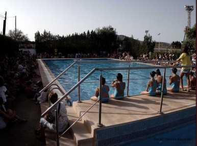 Demostració natació sincronitzada
