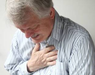 m_bigstock-man-with-severe-chest-pain-32703323