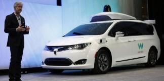 Беспилотный автомобиль Google Waymo