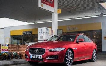 Jaguar сможет сам оплачивать заправку