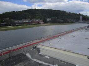 A fake lake named Vannspeilet, with Ekebergåsen (Ekeberg hill) in the background