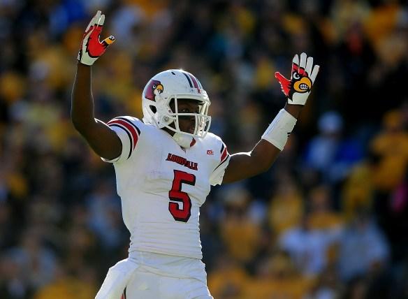 NCAA Football: Louisville at West Virginia