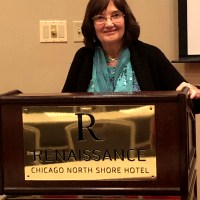 Dr. Kathy Seifert Teaching at a Conference