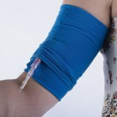 use the top layer of the CareAline sleeve to stabilize the line when connected.