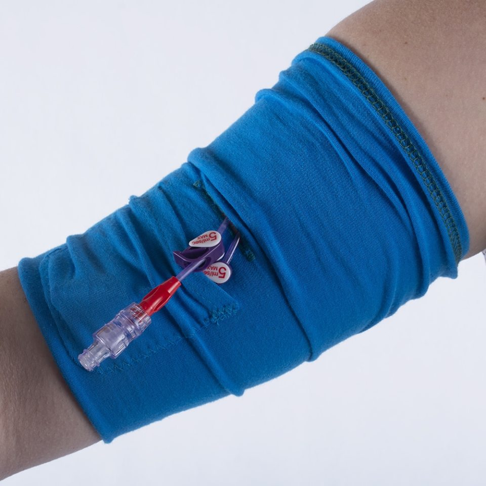 lift the top layer of the sleeve to access the line when needed
