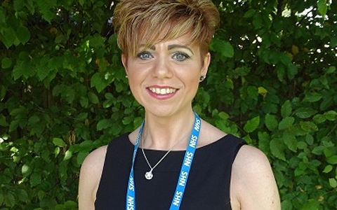 South Wales mum becomes tutor after taking course to manage chronic pain condition 2