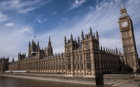Cross-party MPs call for national body to solve social care workforce crisis 9