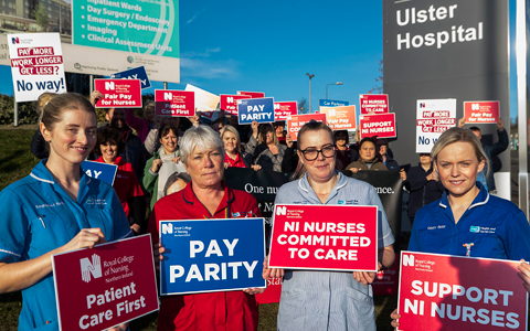 Nurses take industrial action in Northern Ireland over pay and staffing levels 1