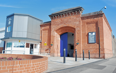 Assaults and drug use drop across English prisons involved in pilot scheme