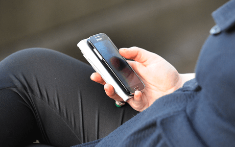 Webwatch – Prescribed mental health app could reduce self-harm in young people