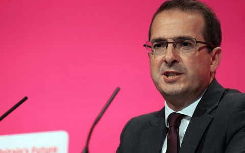 Owen Smith accuses PM over 'rising tide of racism' as hate crime rises 100%