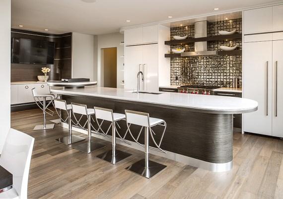 Silver - Urban Core Ventures - Moderne - After