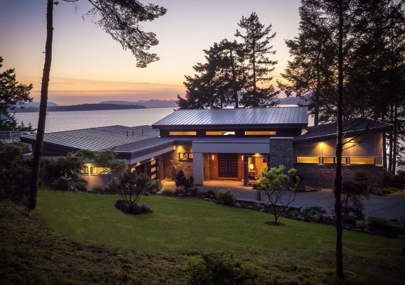 Gold - Java Designs and M. Knight Construction - Coastal Hideaway