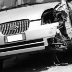 自動車・事故車の修理費用はいくらくらいかかる?_事故車