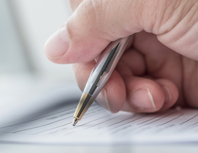 弁護士が転職時に容易に書類審査を通過するための魅力的な書類の書き方