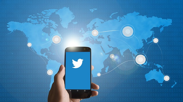 How to Use Twitter to Find a Job
