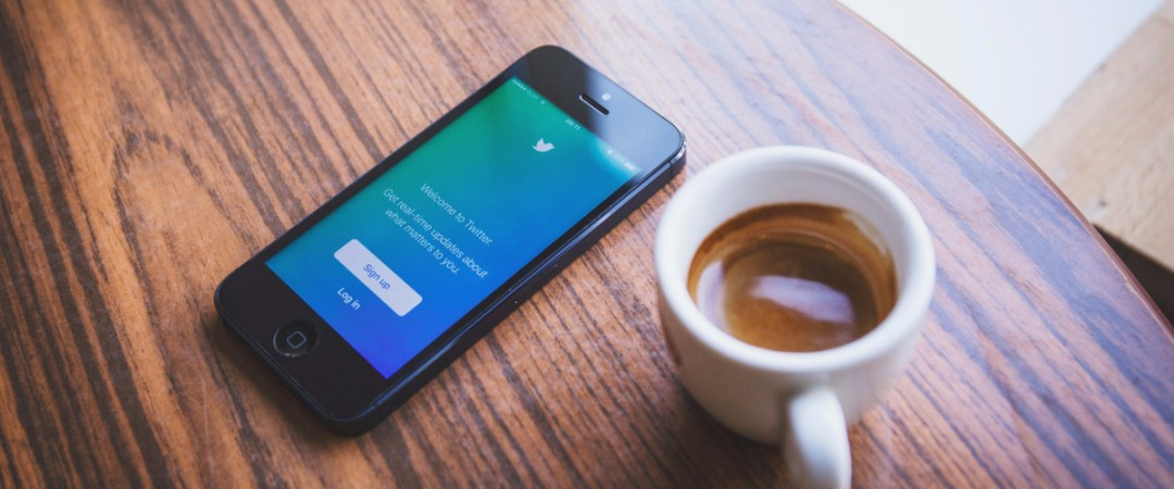 How to keep your social media profiles clean but captivating