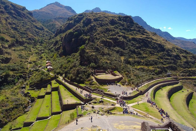 Itinerary for Peru: sites like the Pisac Ruins in the Sacred Valley blend history with natural beauty