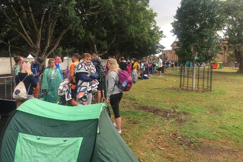 The queue for Mrs Macquarie's Chair was already 2,000 people deep when we arrived at 6:30am