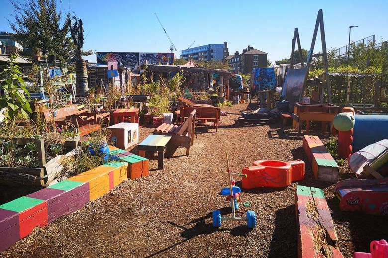 Nomadic Community Gardens has been created in a former derelict wasteland space