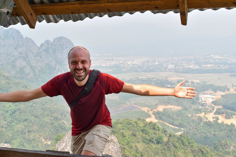 It took me around 45 minutes to reach the first Pha Ngeun viewpoint with regular stops