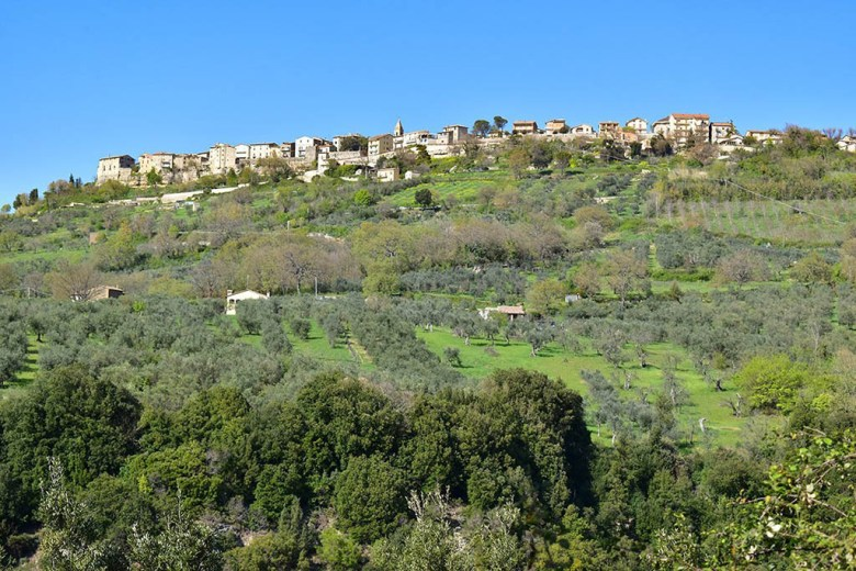 Quaint hilltop villages like Civitella Del Lago are a hallmark of Umbria's scenery