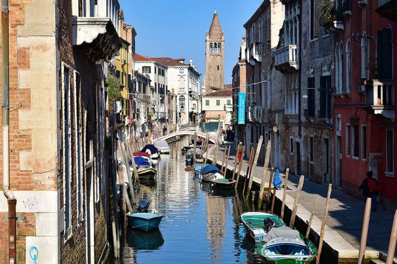Our 2-day Venice itinerary allows plenty of time to explore the canals, bridges and backstreets of Venice