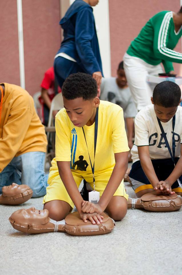 Santrice AHA kids CPR heart training