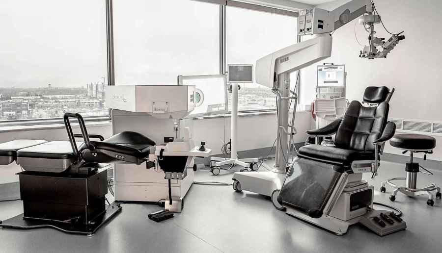 Ophthalmologists enjoy various job opportunities