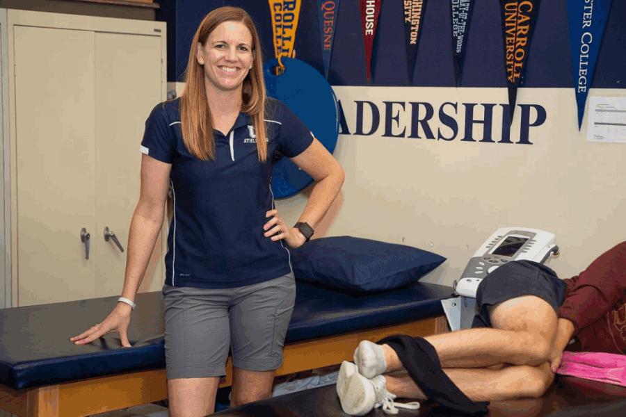 Athletic trainer