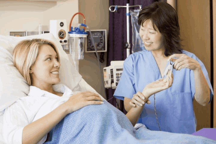 Discover 3 Types of Certification for Midwives