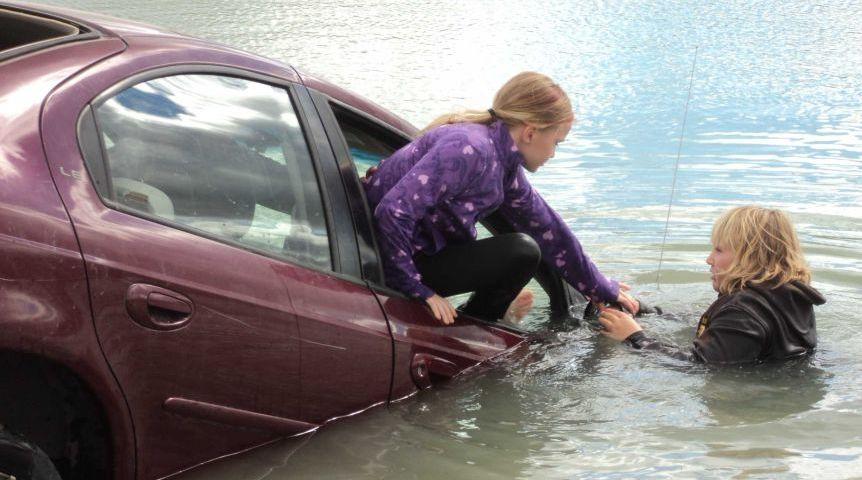 the car when plunged underwater