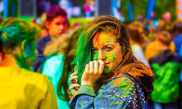 How To Protect Our Skin And Hair on Holi (होली )