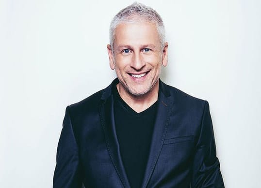 CNLP 065: Louie Giglio on The Back Story of Passion, His Nervous Breakdown, and How He Came Back