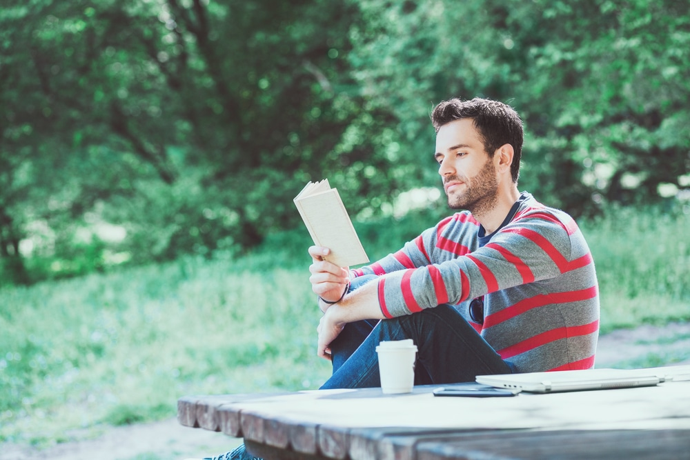 13 Leadership Books Every Leader Should Read (My Personal All-Time Top Picks)