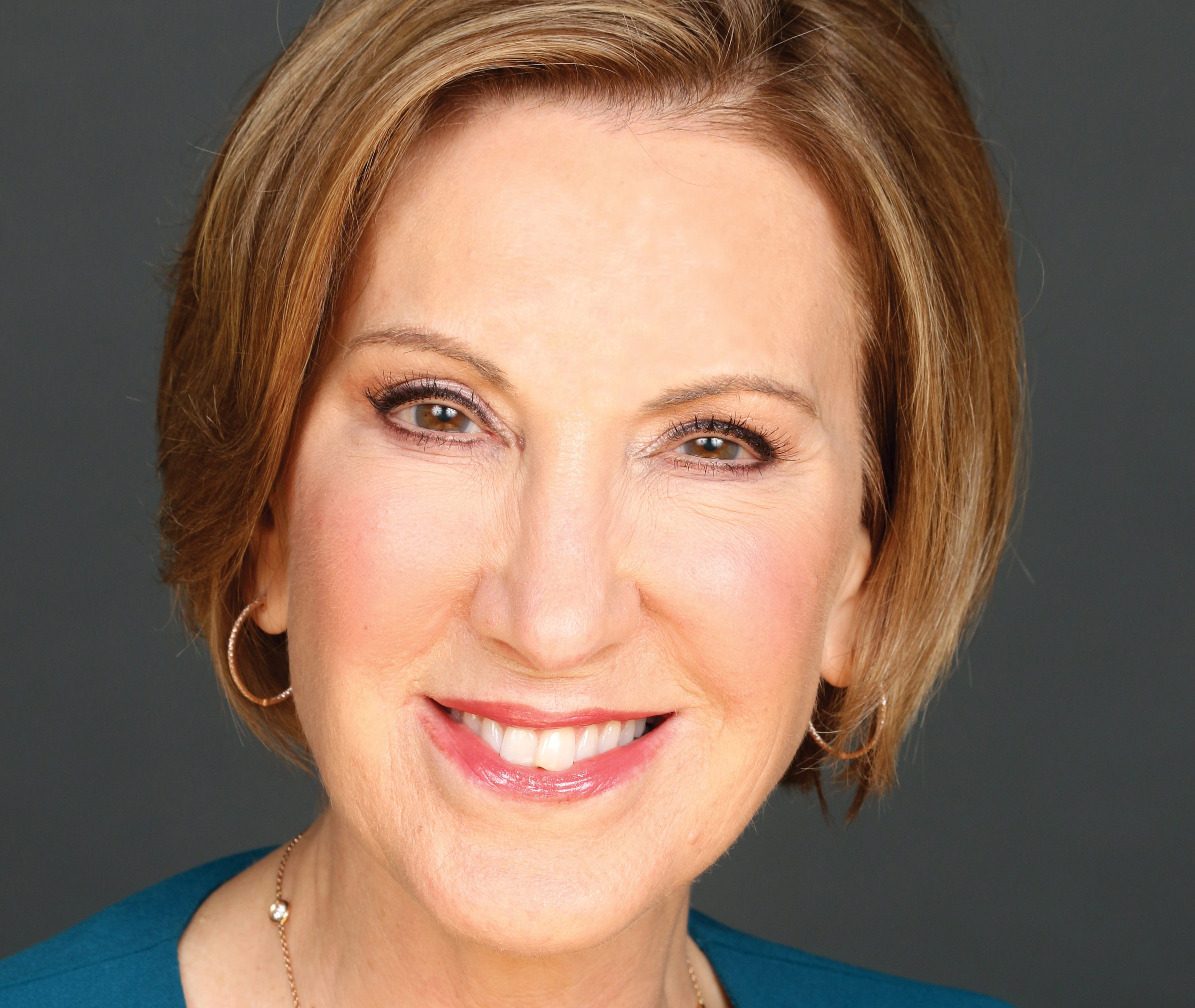 CNLP 256: Carly Fiorina on Her Journey from Secretary at a Real Estate Firm to CEO of a Fortune 20 Company to Running for President of the United States
